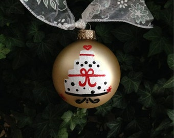 Wedding Ornament - Personalized Wedding, Just Married -Hand Painted Ornament, Wedding Cake, Christmas Wedding, First Christmas as Mr and Mrs