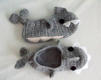 ADULT SIZE,Grey Crochet Shark slippers with polar fabric , house shoes-Crochet Booties-Gray booties-animal
