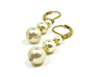 Ivory Pearls and Gold Beads Dangle Earrings