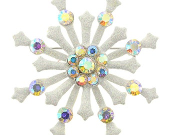 White Snowflake Christmas Pin Brooch 1001003
