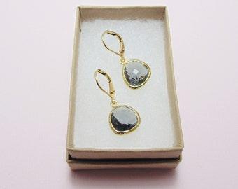 Gray glass dangle earrings. Gray earrings. Gray and gold glass earrings. Bridal earrings. Bridesmaids earrings. Gray wedding jewelry.