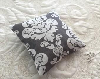 Balsam Fir Sachet - Organic Balsam Fir - Cotton Fabric- Balsam Sachet - Modern Eco friendly- Aromatherapy - Spa - gray white damask