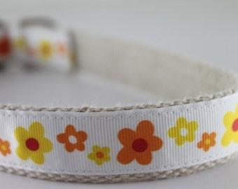 Hemp dog collar - Yellow and Orange Flowers