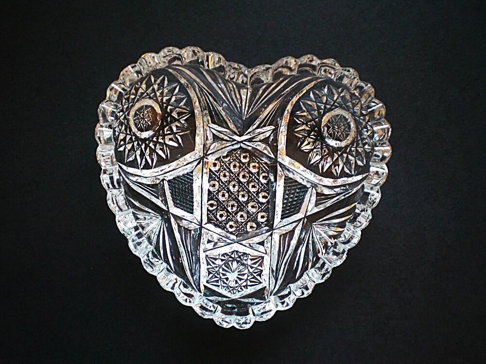 Trinket dish ring dish jewelry dish brilliant cut glass for Heart shaped jewelry dish