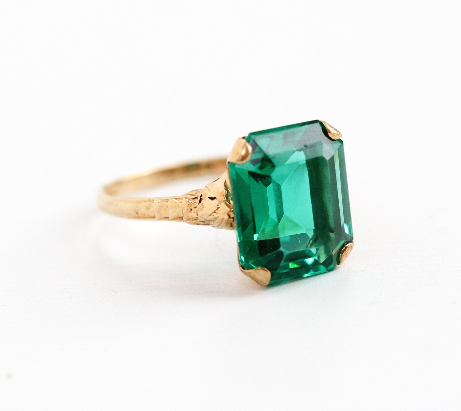 vintage 10k yellow gold simulated emerald ring late deco