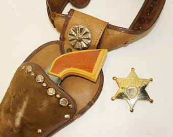 Vintage Cowboy Holster with Gun and Sheriff Badge, Leather