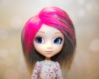 Soft grey gray faux fur wig hair with neon pink highlights for Pullip/Taeyang