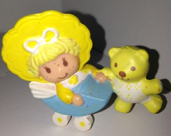 1982 American Greetings Strawberry Shortcake baby Butter Cookie and Jelly bear stroller PVC