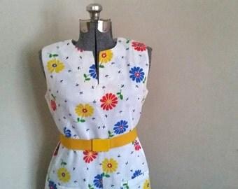 Vintage Floral Dress Vintage Flower Power Shift Dress