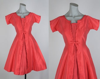 SALE Vintage 50s Dress / 1950s Red Cotton Sateen Full Skirt Structured Dress XS