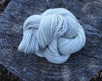 READY TO SHIP Foggy Night Grey Half Pint Sock 75/25% Superwash Merino Nylon Blend Hand Dyed Sock Yarn 50gr