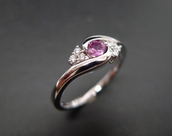 Diamonds Wedding Ring with Pink Sapphire in 14K White Gold
