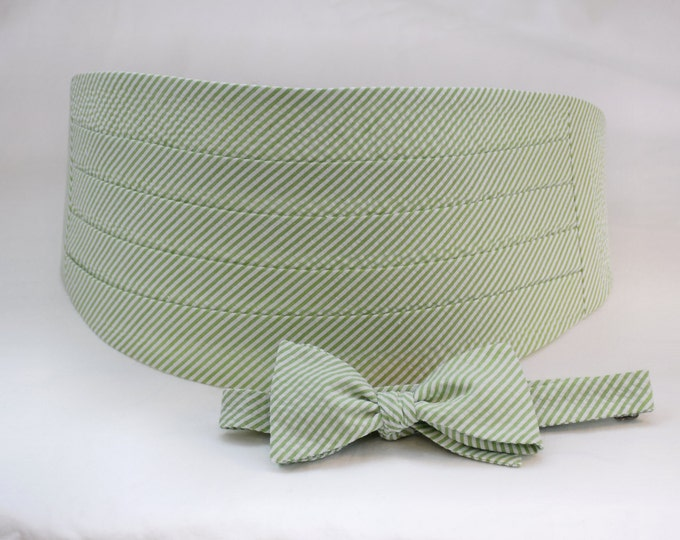 Men's Cummerbund & Bow Tie set, lime seersucker, wedding bow tie set, groom bow tie set, groomsmens' gift,  southern wedding bow tie set,