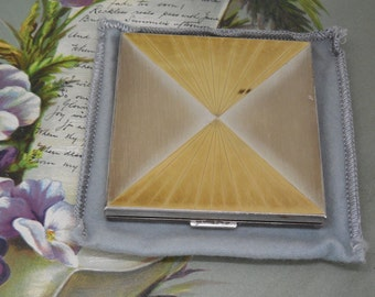 Vintage Gold Plated on Silver Compact by PILCHER Unused    JAH4