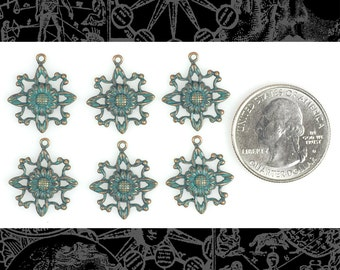 Daisy Connector Charms Verdigris Finished Brass - * Set of 6  V-C06