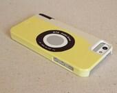 sale iPhone 5- yellow camera retro style case- redtilestudio- vintage camera-