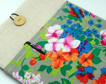 "11"" 12"" 13"" Macbook Pro case, Macbook Air cover, Surface RT Pro, iPad Pro Custom tablet sleeve with 2 pockets PADDED  - Garden flowers"