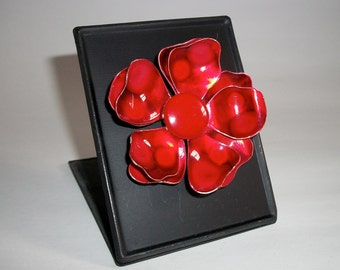 My RePurposed UpCycled Magnets From 1960s Flower Power Brooch Pins 44