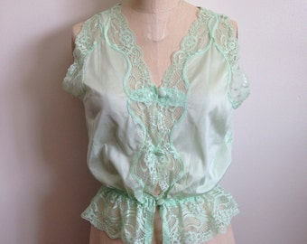 Vintage green buttoned camisole