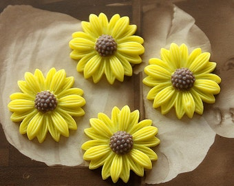 10pcs  Wholesale Beautiful Mix Colorful Daisy Flower Resin Cabochon  -   -22mm(CAB-BU -16)