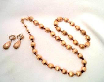 Vintage Crown TRIFARI Parure Brushed Gold Tone Drop Earrings Bracelet Necklace