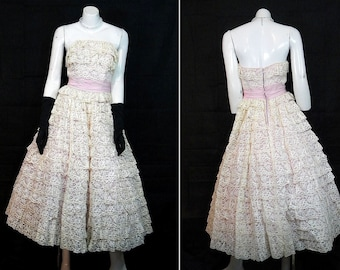 1950s Vintage Prom Gown Lots Of Lace