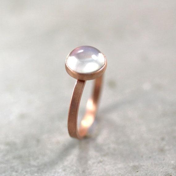 Goldring mit mondstein  Adular Mondstein Ring opaleszierende milchig weiße Moonstone