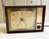 Vintage Spartus TV Clock - Mid-Century 1960s - Television Clock - Wall Mount or Desk - Working