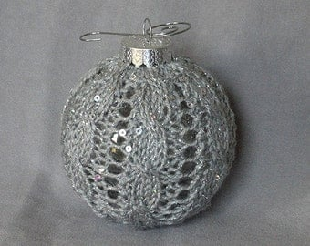 Elegant Cable Knit Chistmas Ball Globe Ornament in Sparkling Silver Grey with Silvertone Hanger