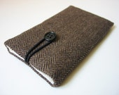 iPhone 6 sleeve iPhone 6 cover iPhone 6 case iPhone 6 pouch iPhone6 case herringbone tweed dark brown and black wool fabric textile cloth