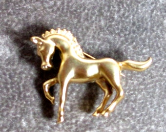 Vintage Horse Brooch Pin, Gold Plated Small Horse Brooch PIn