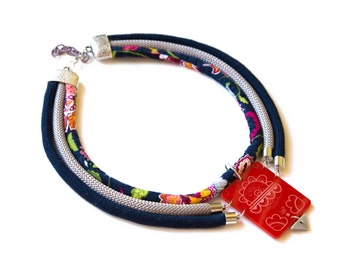 STATEMENT boho NECKLACE for woman made in Italy-cotton ropes and lasercut plexiglass pendant-red, dark blue and flowers