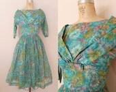 1950s Dress // In The Garden Dress // Vintage 50s Floral Dress // XS