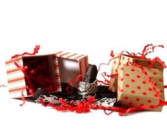 Gift Wrapping For Your Spoonier Purchase  in Decorative Box with Bow