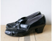 50s Shoes Vintage Heels  1950s Black Leather Pin Up Girl Pumps Size 7.5 / 8