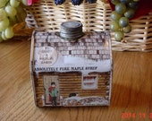 Vintage 1980s Vermont Log Cabin Pure Maple Syrup Collectible Tin