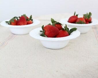 milk glass bowls, vintage floral pattern set of 3 dessert bowls