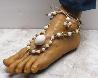 CLEARANCE! Pair of White and gold barefoot sandals made with natural hemp. Bellydance and beach fashion! HFT-173