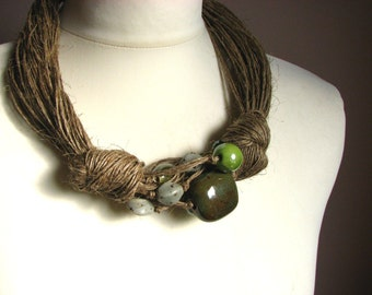 Ceramic Green - linen necklace
