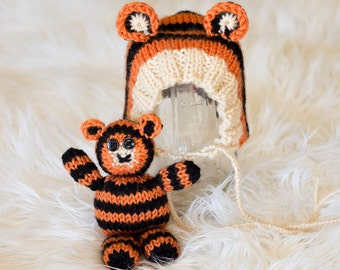 Tiger Bonnet and Stuffie Set Knitting Pattern - Sizes Newborn Baby through 1-3 Year Toddler Included - Instant Digital Download