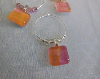 Peach Wine Charms - Set of Six - Glass Wine Charm - Wine Lover Gift - Favors - Hostess Gift - House Warming Gift - Entertaining - Party Time