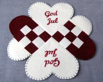 God Jul Norwegian / Swedish / Danish Felt Woven Heart Table Decoration