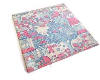 Vintage Wrapping Paper - Folk New Baby - One Sheet New Baby Gift Wrap - No Place like Home