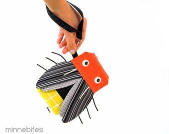 Firefly Pouch by MinneBites / Handmade Lightening Bug Case - iPhone6 Purse Wristlet - Kids Gadget Bag - Cute Summer Purse - Ready to Ship
