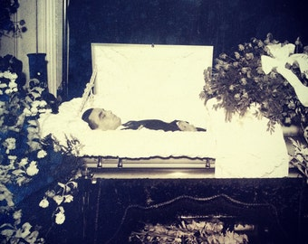 Large vintage post mortem wake photo