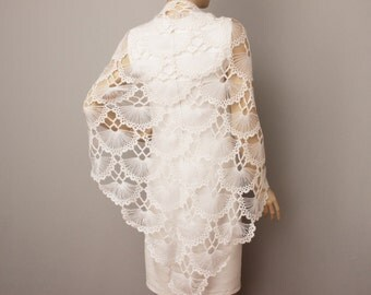 Bridesmaid gift in  white  ,crochet shawl scarf Wedding gift ,  crocheted shrug capelet wrap