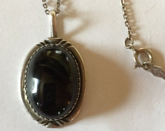 925 Sterling Silver Oval Black Onyx Necklace lot 444