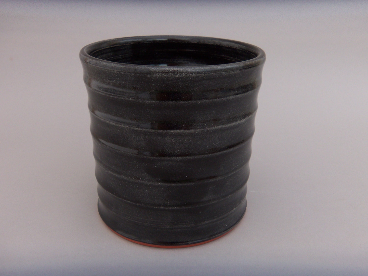Kitchen utensil holder kitchen caddy black pottery for Kitchen utensil holder