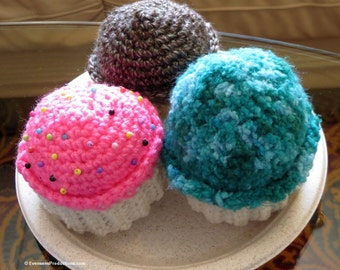 Three Zero Calorie Cupcakes - Decorative Faux Diet Dessert - Hostess Gift-Sweets Lover-Diabetic-Door Prize-Raffle-Party Favor - Item 4206