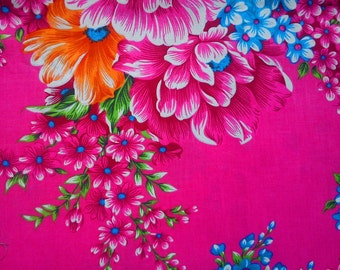 SALE - Jumbo fuchsia flowers, fat quarter, pure cotton fabric